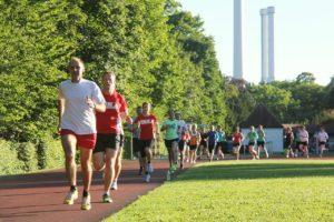 RUNNING Company Lauftraining München – Tempoläufe und Lauf-ABC