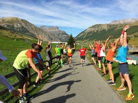 Läuferjubel beim Training in den Bergen