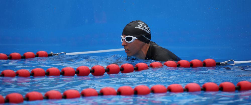 Ironman Weltmeisterin Anne Haug beim Schwimmen