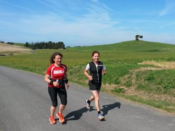 Durch die traumhafte Toskana Landschaft laufen