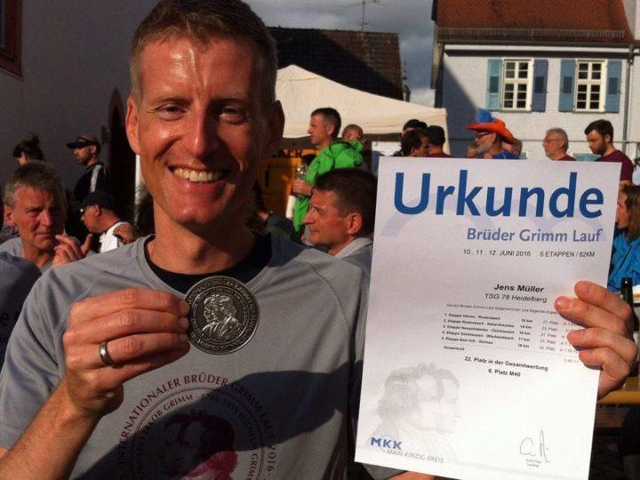 Karin und Jens rocken den Brüder-Grimm-Lauf 2016