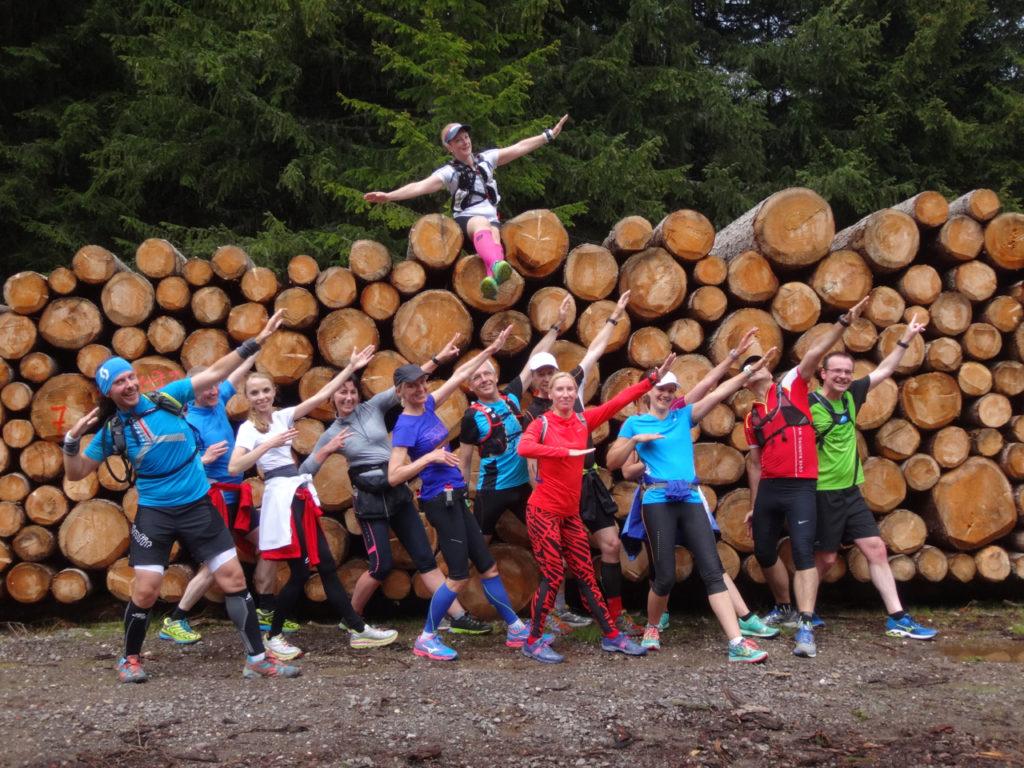 Läufer posen wie Usain Bolt