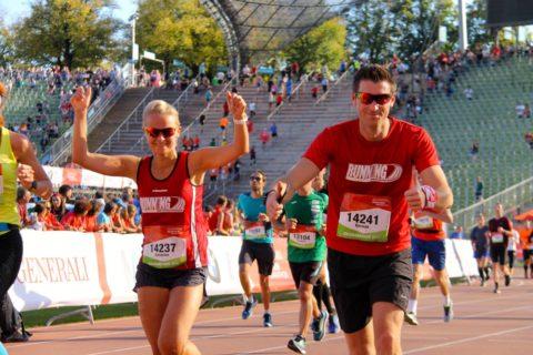 Zieleinlauf beim Generali München Marathon 2018