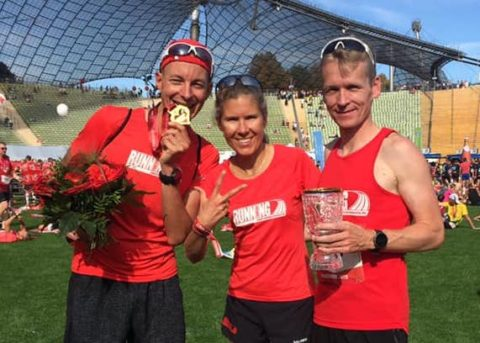 Erfolgreiche Läufer im Olympiastadion München