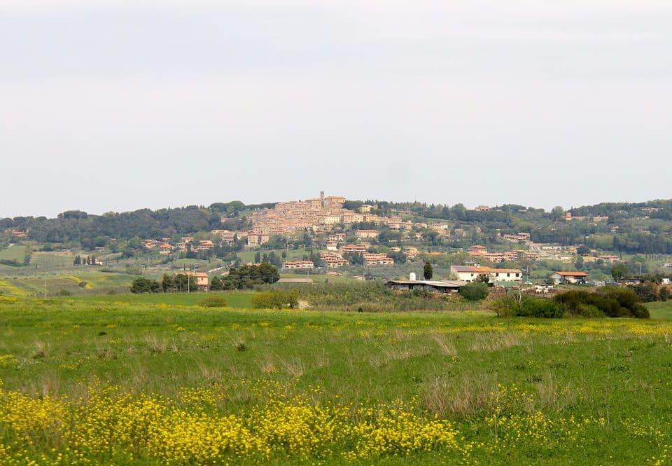 Der Ort Guardistallo in der Toskana